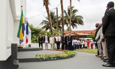 Comm moration de l armistice du 11 novembre port gentil la france au gabon et s o tom et - Consulat de france port gentil ...